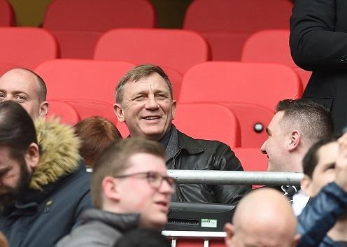 'Diep vien 007' den xem Liverpool da bai Everton hinh anh