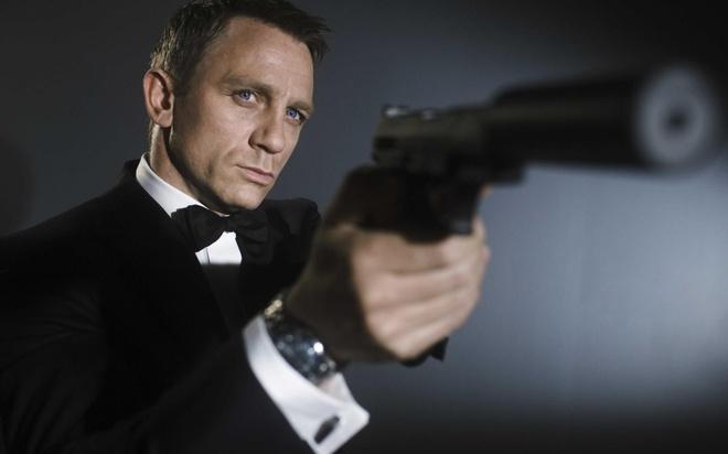 'Diep vien 007' den xem Liverpool da bai Everton hinh anh 3