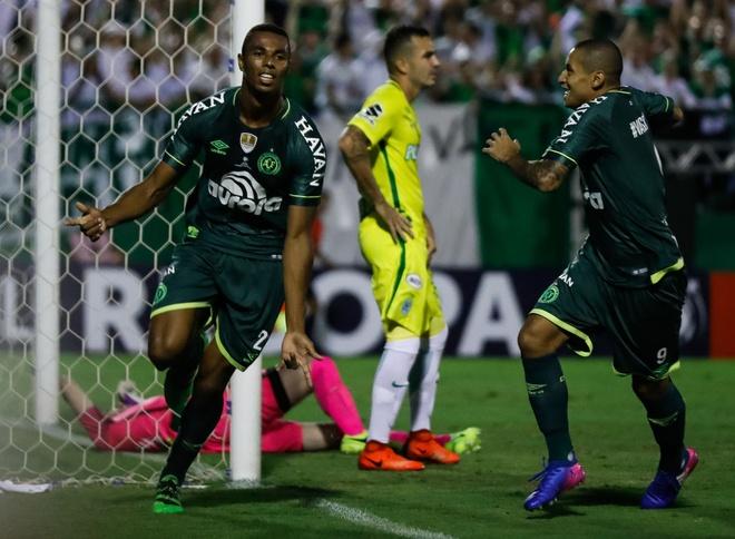 Highlight Chapecoense 2-1 Atletico Nacional hinh anh