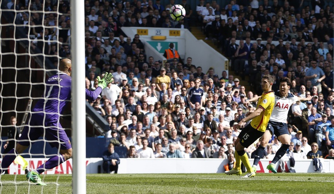 Tran Tottenham vs Watford anh 6