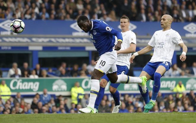 Keo Leicester ve mat dat, Lukaku cham dinh phong do ghi ban hinh anh 3