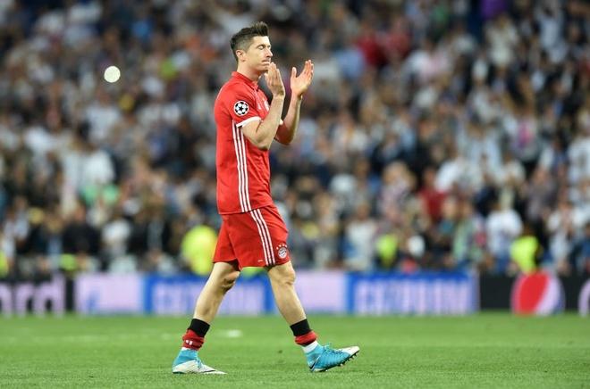 Sao Bayern 'danh hoi dong' trong tai sau tran thua Real hinh anh 5