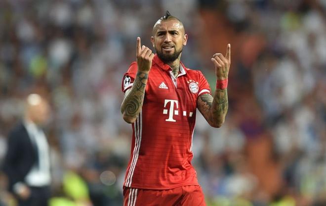 Sao Bayern 'danh hoi dong' trong tai sau tran thua Real hinh anh 1