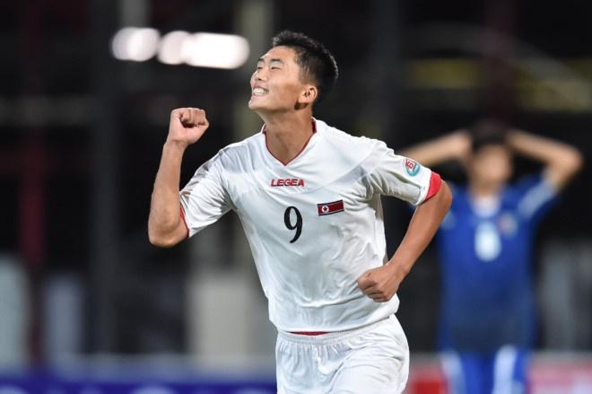 Kim Jong Un yeu men Serie A nho sao tre Trieu Tien hinh anh 1