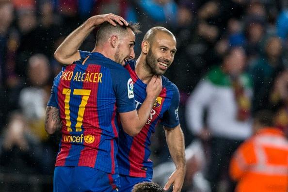 Mascherano ghi ban dau tien cho Barcelona anh 3
