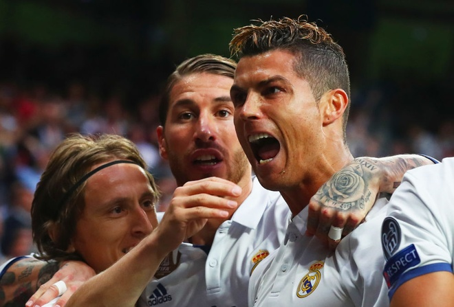 Ba nhat kiem cua Ronaldo giup Real ket lieu Atletico hinh anh