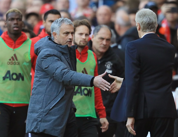 Tran Arsenal vs MU anh 1