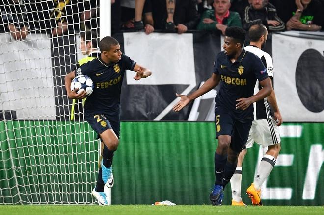Monaco bi loai, Mbappe van pha not ky luc Champions League hinh anh 2