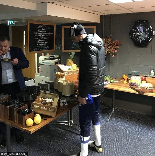 tran Chelsea vs Watford anh 4
