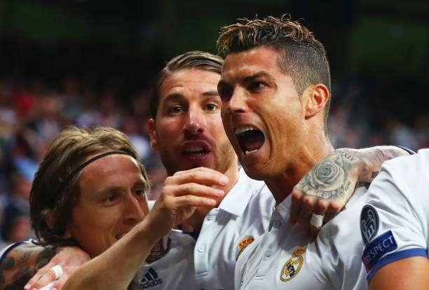 Vidal khinh thuong Ronaldo truoc dai chien Chile - Bo Dao Nha hinh anh