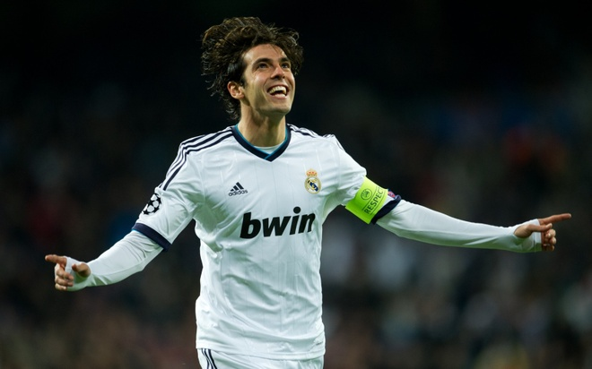 10 thuong vu gay that vong nhat lich su Real Madrid hinh anh