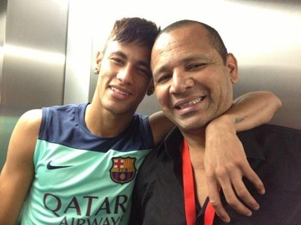 Neymar giup cha kiem khoan tien kech xu hinh anh