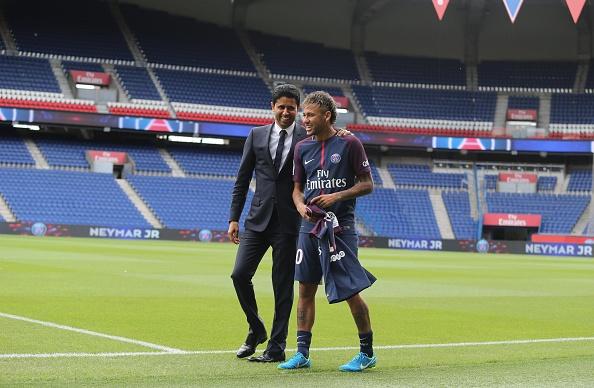 Lo tam sec 222 trieu euro chi tra thuong vu the ky Neymar hinh anh 4