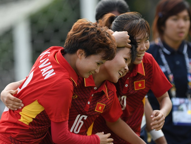 DT nu Viet Nam can thang cach biet 5 ban de vo dich SEA Games hinh anh