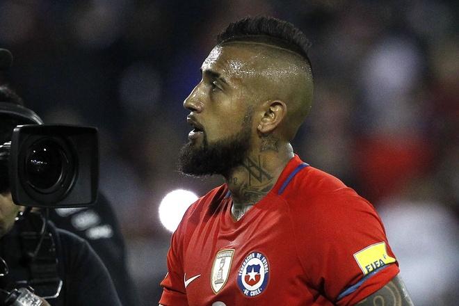 Vidal phan luoi, Chile guc nga 0-3 o vong loai World Cup hinh anh 2