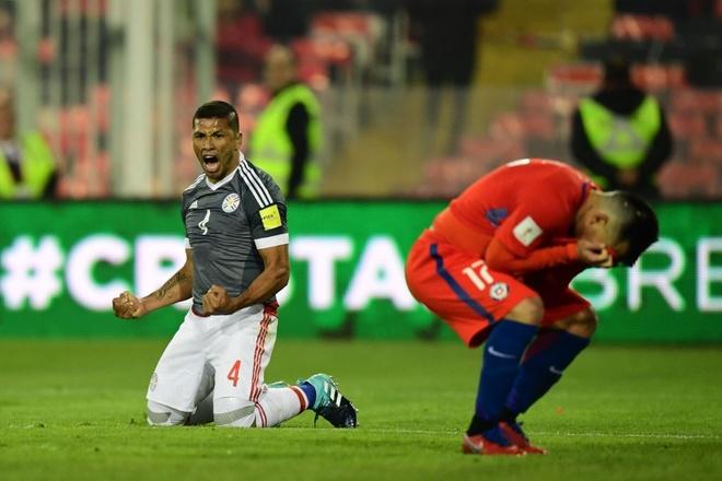 Vidal phan luoi, Chile guc nga 0-3 o vong loai World Cup hinh anh 6