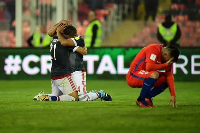 Vidal phan luoi, Chile guc nga 0-3 o vong loai World Cup hinh anh 7