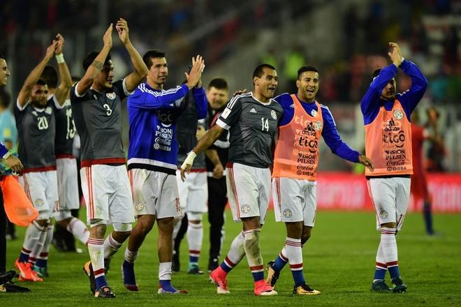 Vidal phan luoi, Chile guc nga 0-3 o vong loai World Cup hinh anh 9