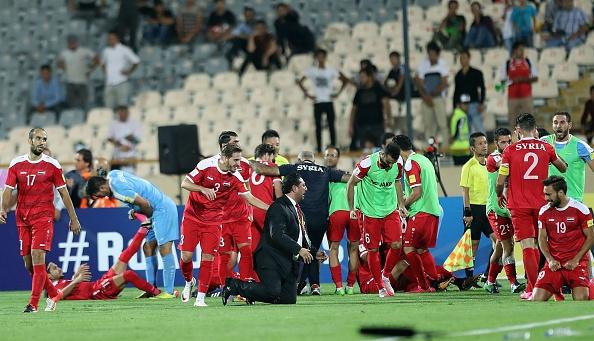 Ta toi vi chien tranh, Syria van lap ky tich o vong loai World Cup hinh anh 8