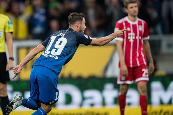 tran Hoffeinhem vs Bayern anh 3