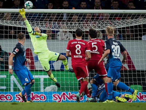 tran Hoffeinhem vs Bayern anh 6