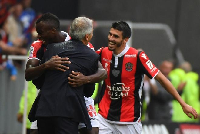 Tham bai 0-4, Monaco bi PSG cho 'hit khoi' hinh anh 7
