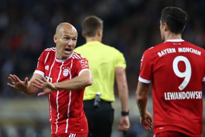 tran Hoffeinhem vs Bayern anh 5