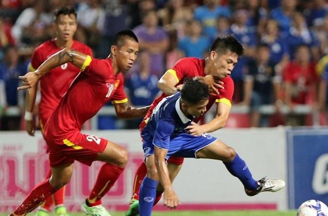 Tut 7 bac, Thai Lan xep sau Viet Nam tren bang xep hang FIFA hinh anh