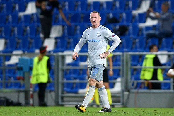 Rooney va dong doi thua 'tam phuc khau phuc' tren dat Italy hinh anh