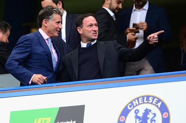 Dan khach VIP chung kien Chelsea va Arsenal cam chan nhau hinh anh 2
