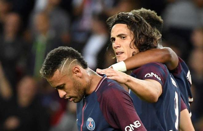 Biem hoa Cavani le luoi treu tuc Neymar hinh anh