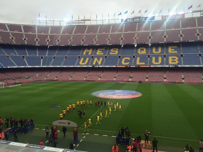 Camp Nou hiu quanh voi 99.000 ghe trong do lenh cam khan gia hinh anh 8