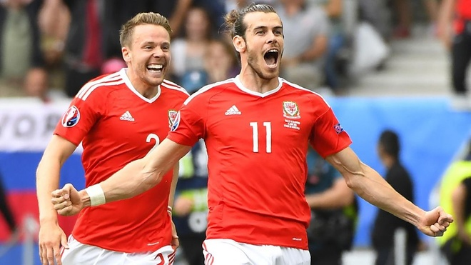 Gareth Bale dinh cu dup tin buon chi trong mot ngay hinh anh 5