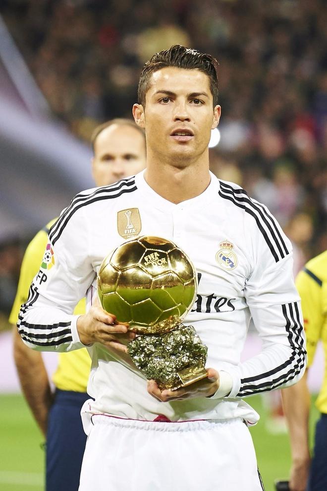 Ronaldo gui QBV di dau gia vi muc dich cao ca hinh anh 3