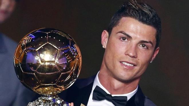 Ronaldo gui QBV di dau gia vi muc dich cao ca hinh anh