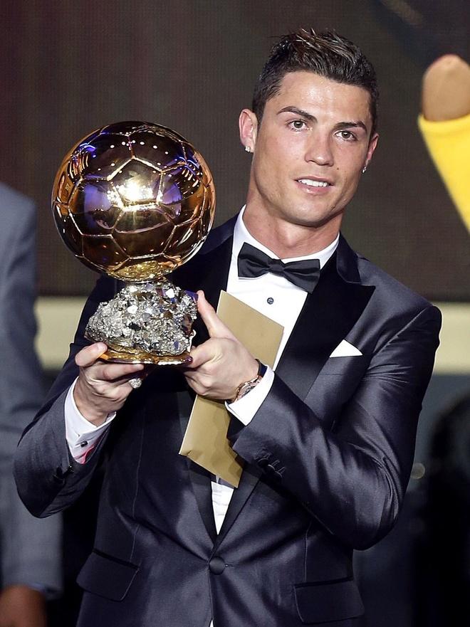 Ronaldo gui QBV di dau gia vi muc dich cao ca hinh anh 1