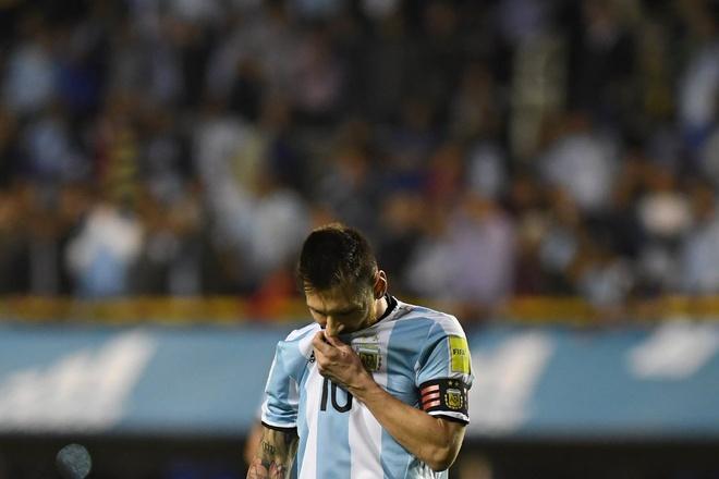 Kich ban khien Messi va dong doi o nha xem World Cup hinh anh 1