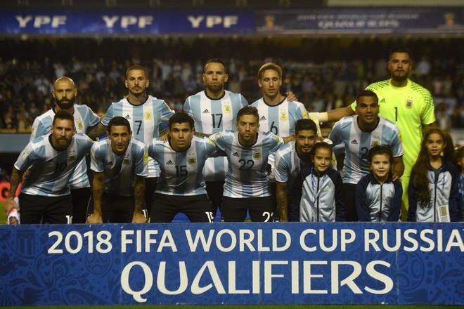 Kich ban khien Messi va dong doi o nha xem World Cup hinh anh 4