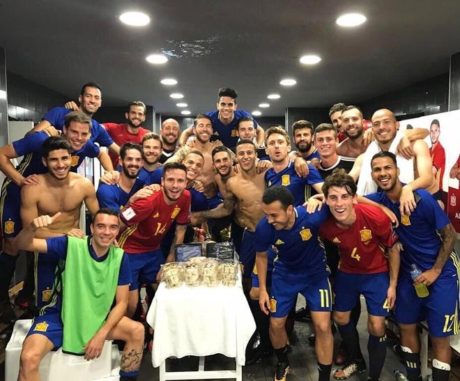 Sao Real ruc sang giup Tay Ban Nha doat ve di World Cup hinh anh 12