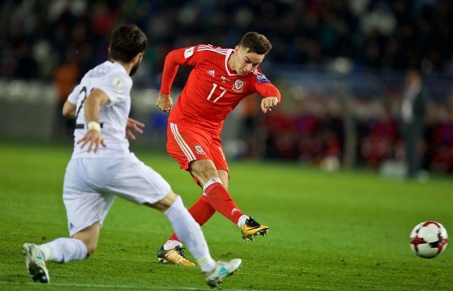 Serbia thua dau, Bale va dong doi song lai hy vong nhat bang hinh anh 4