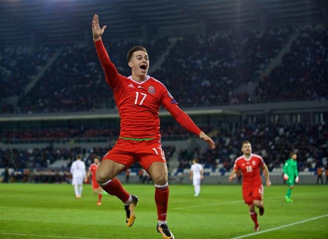 Serbia thua dau, Bale va dong doi song lai hy vong nhat bang hinh anh 5
