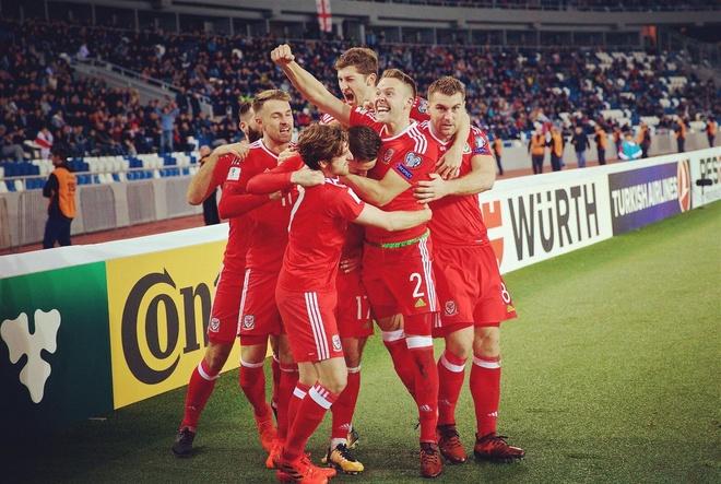 Serbia thua dau, Bale va dong doi song lai hy vong nhat bang hinh anh 7
