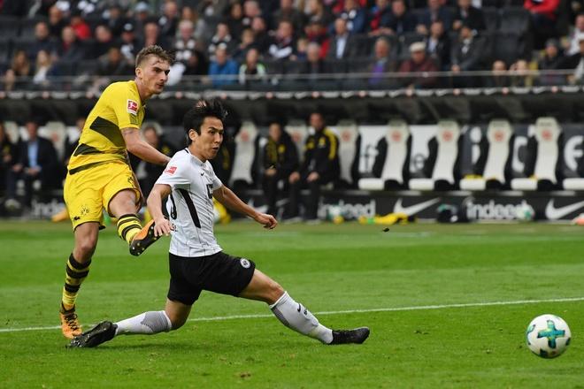 Dortmund chiu hat-trick ket qua toi te chi trong 1 tuan hinh anh 2