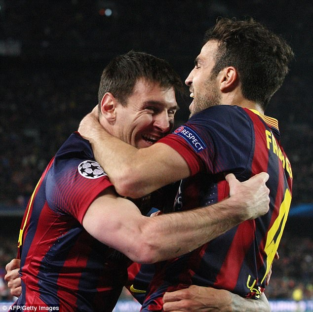 Messi va Ramos cung di an o London sau gala 'The Best' hinh anh 2