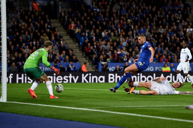 Leicester thang lien tiep sau khi sa thai cong than HLV hinh anh 5