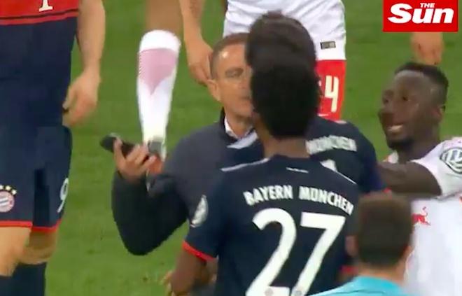 Quan chuc Leipzig va trung ve Hummels suyt danh nhau vi doan video hinh anh 2