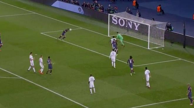 Neymar lap sieu pham, hau ve Kurzawa ghi 3 ban giup PSG thang 5-0 hinh anh 6