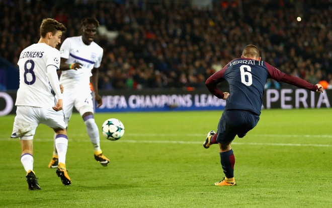 Neymar lap sieu pham, hau ve Kurzawa ghi 3 ban giup PSG thang 5-0 hinh anh 1