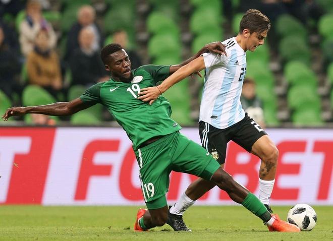 Vang Messi, Argentina tham bai duoi tay Nigeria hinh anh 2