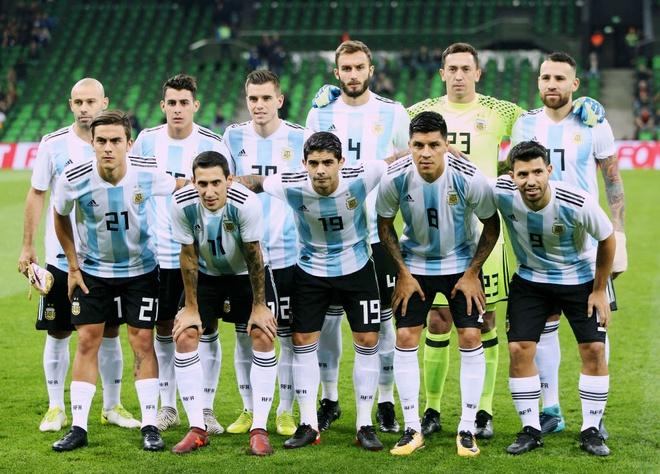 Vang Messi, Argentina tham bai duoi tay Nigeria hinh anh 1